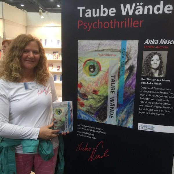 Die in Cornwall lebende Ärztin und Psychanalytikerin Anka Nesch präsentiert ihren Psychothriller