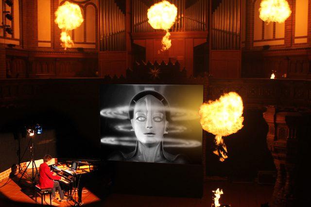 19 Metropolis Pyro Bothmer @ Maya von Bothmer